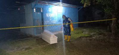 Police Line di pasang di TKP ditemukannya Korban yang telajh meninggal karena sakit